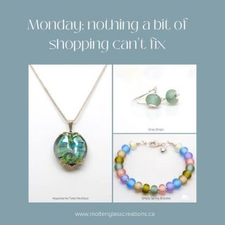 Monday: nothing a bit of shopping can't fix! Handmade glass beads and jewelry  #handmade #glassbeads #lampwork #colourful #elegant #unique #oneofakind